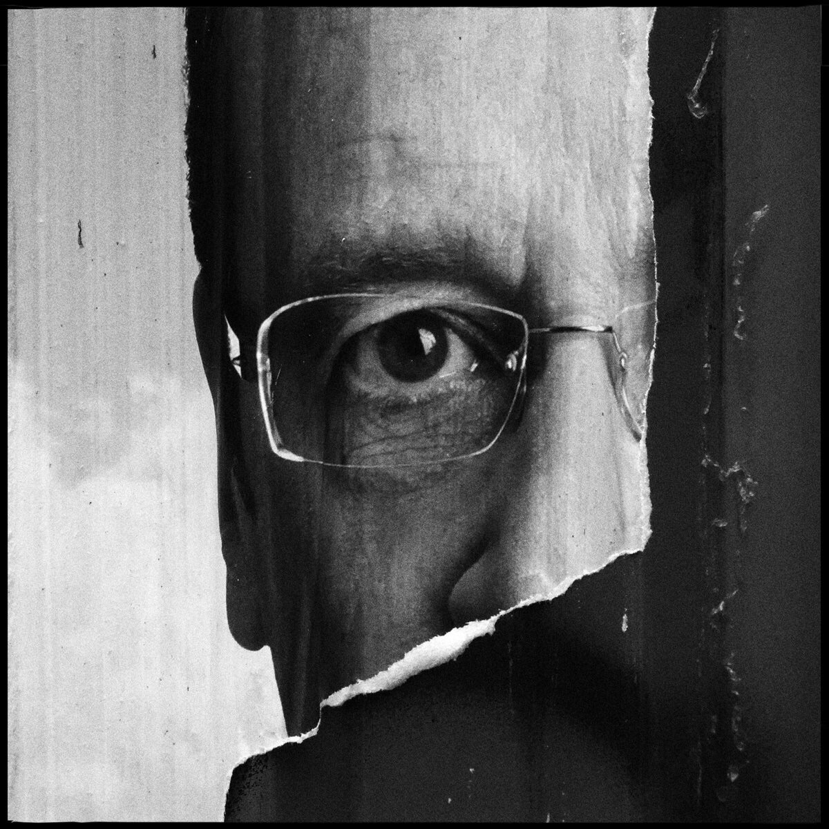 Snapping footsteps Chapter - ElliottErwitt. - danhayon | ello