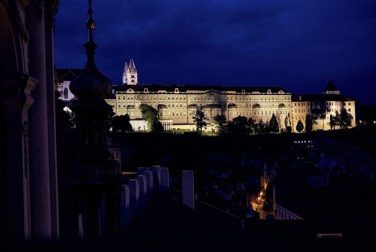 Prague Castle night - prague, photography - thojen | ello