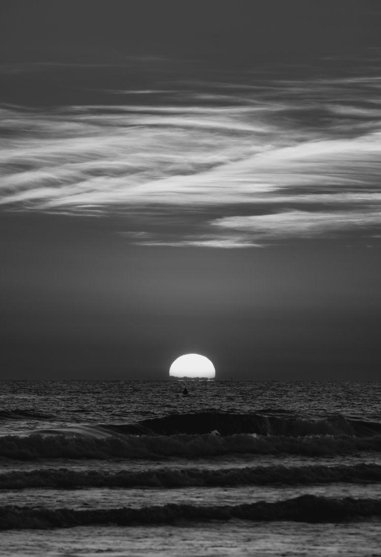 Sunset Dream - blackandwhite - ilirtahiri | ello