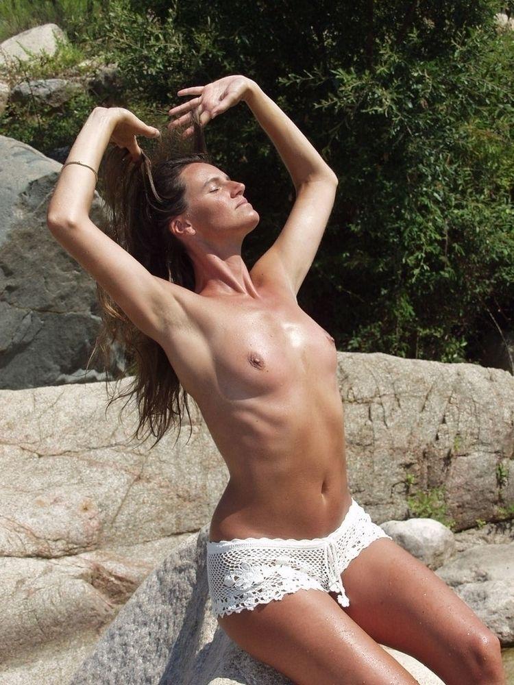Moi - NSFW, Bare, Naked, art, nude - nordenvies   ello