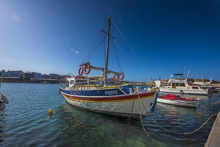 Alexis today - harbor, Chersónissos - christofkessemeier | ello