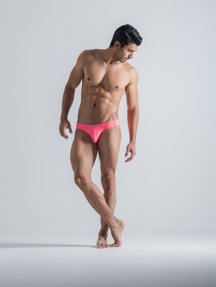 Real men wear pink! Discover tr - menandunderwear | ello