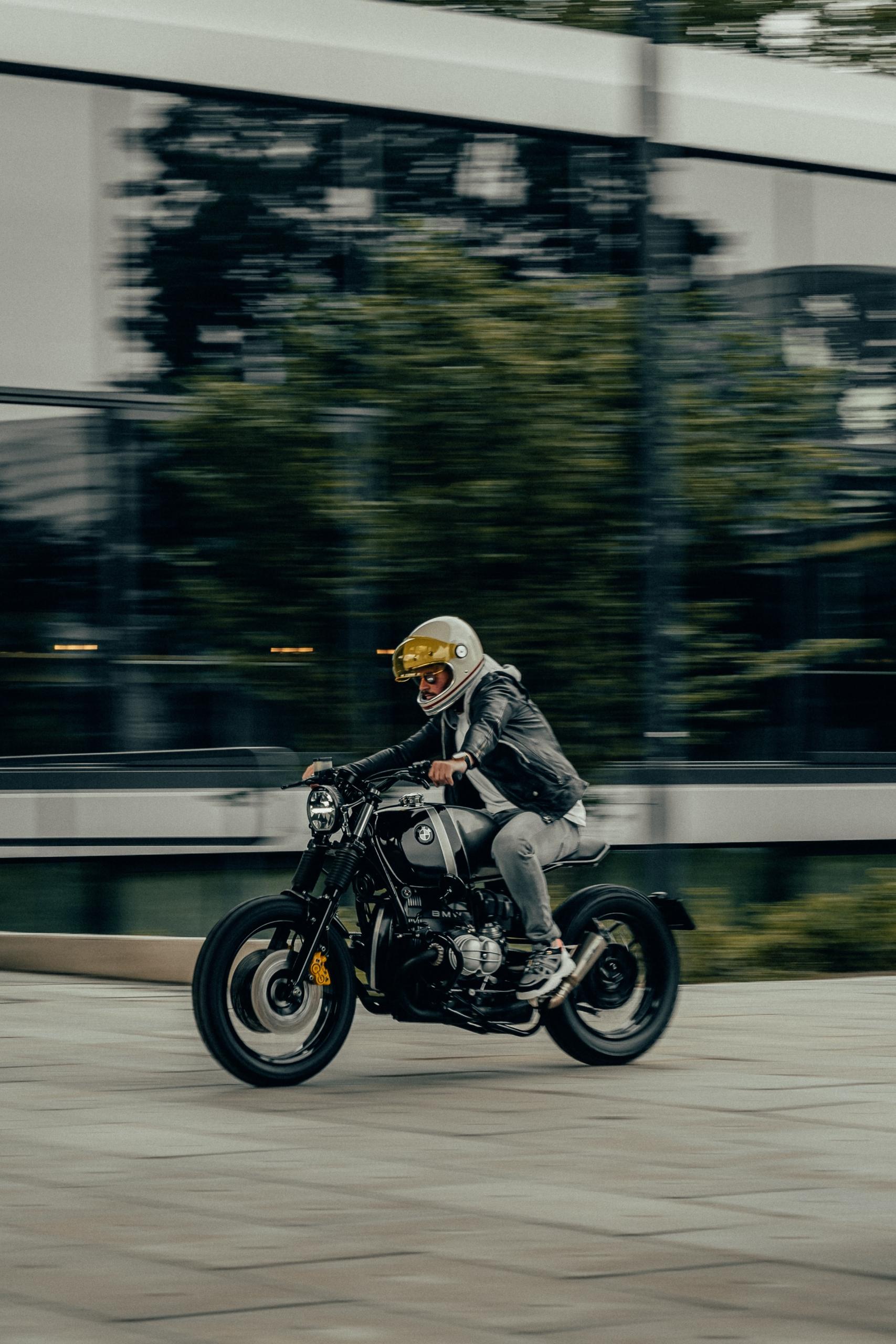 BMW Cafe Racer - caferacerdesign | ello
