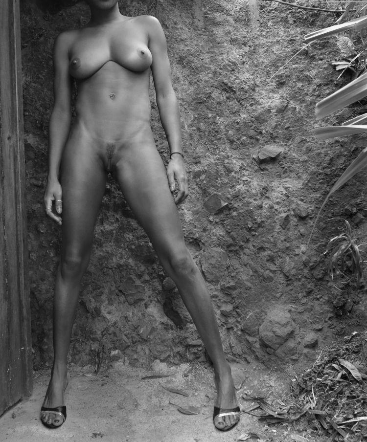 white girl tits - amateur, black - sextraordinaire | ello