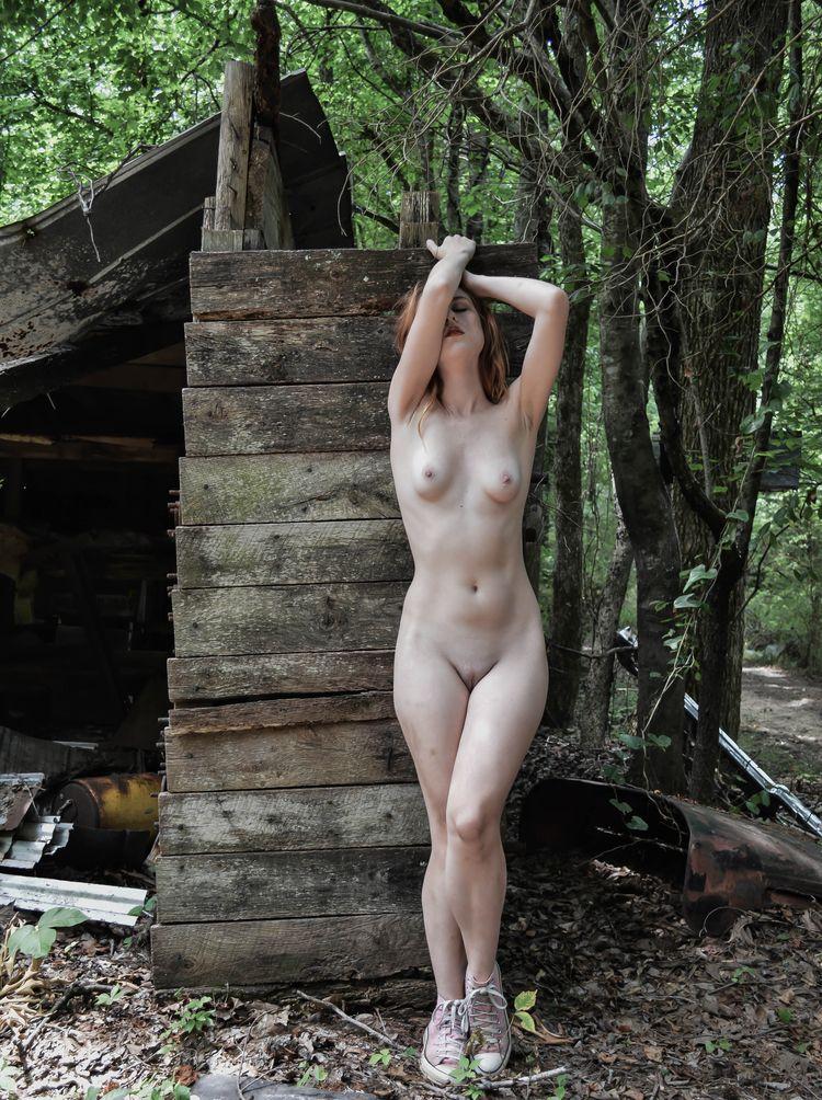 Astrid Kallsen - elegant, sensual - the18thletterphotography | ello