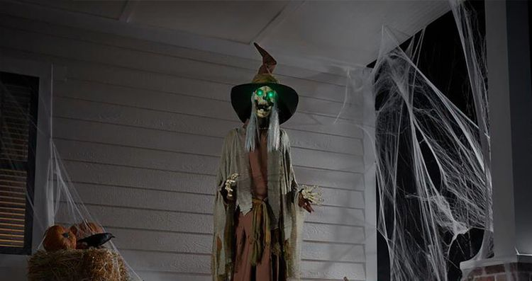 5 Spooky Halloween House Decora - williamjeson1221 | ello