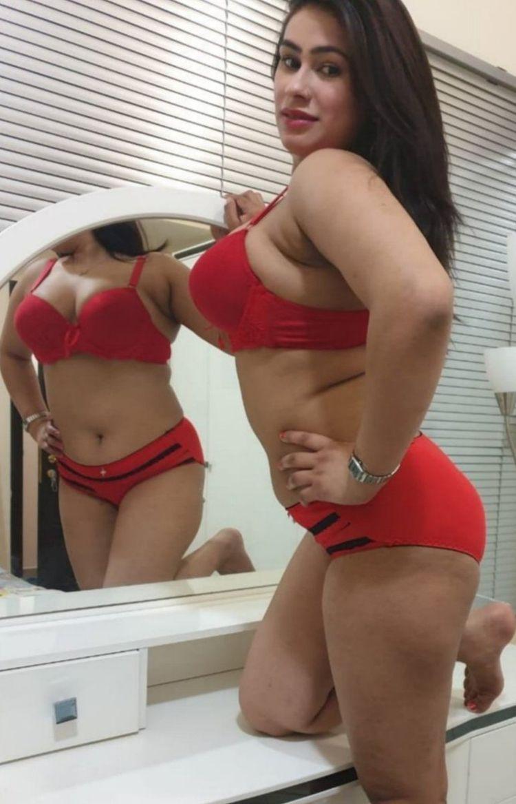 PRIYA MISHRA - hot, sex, ass, boobs - spatelahmedabad | ello