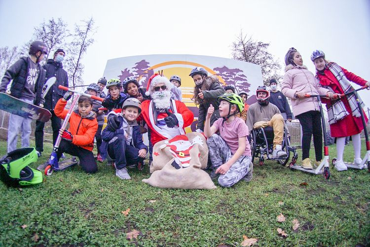 Today Santa visited Allerfornia - allerforniadreaming | ello
