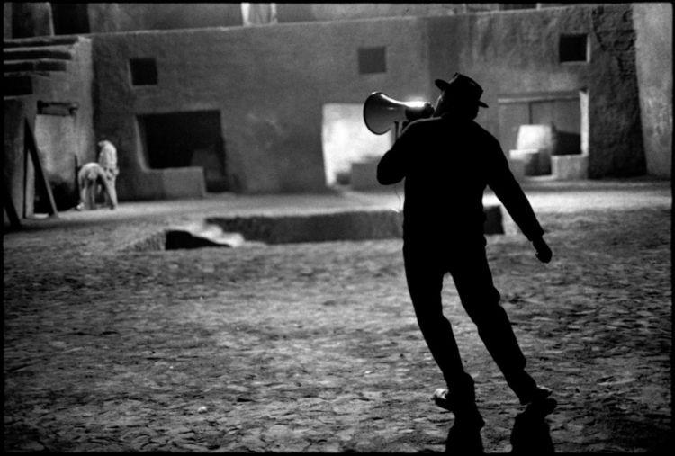 Federico Fellini set Satyricon  - peligropictures   ello