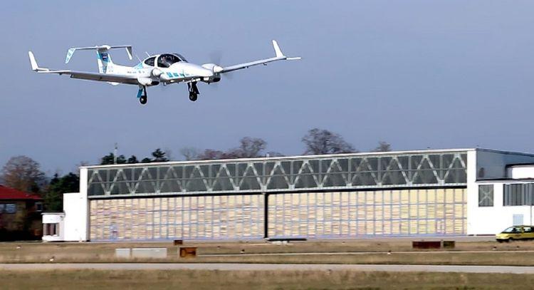 air ambulance services Delhi In - airrescuers0   ello
