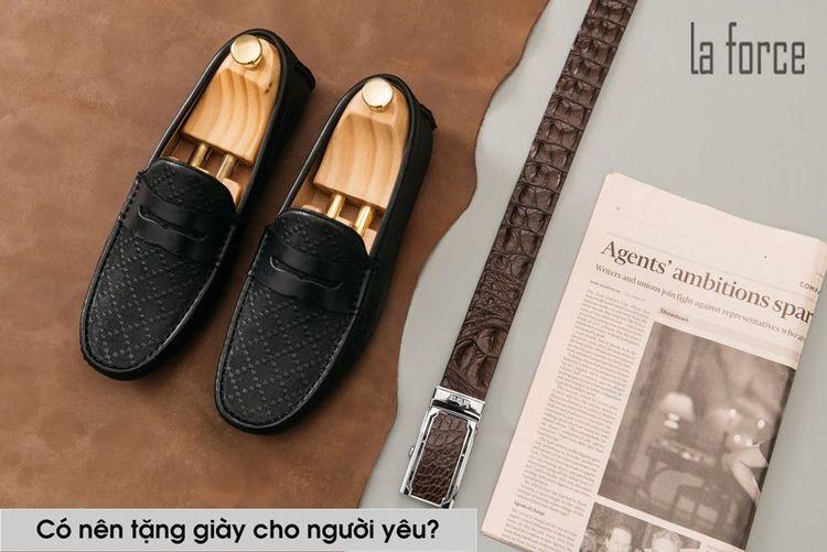 Từ trước đến nay, tặng giày cho - dodalaforce | ello