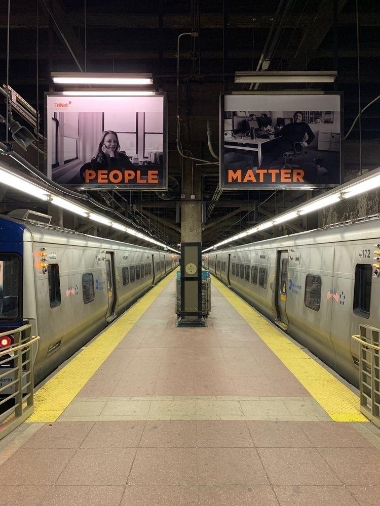 people, nyc, trainstation - csilverman | ello