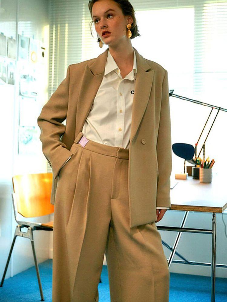 Classic Wardrobe Staples Crave  - thecoolhour | ello