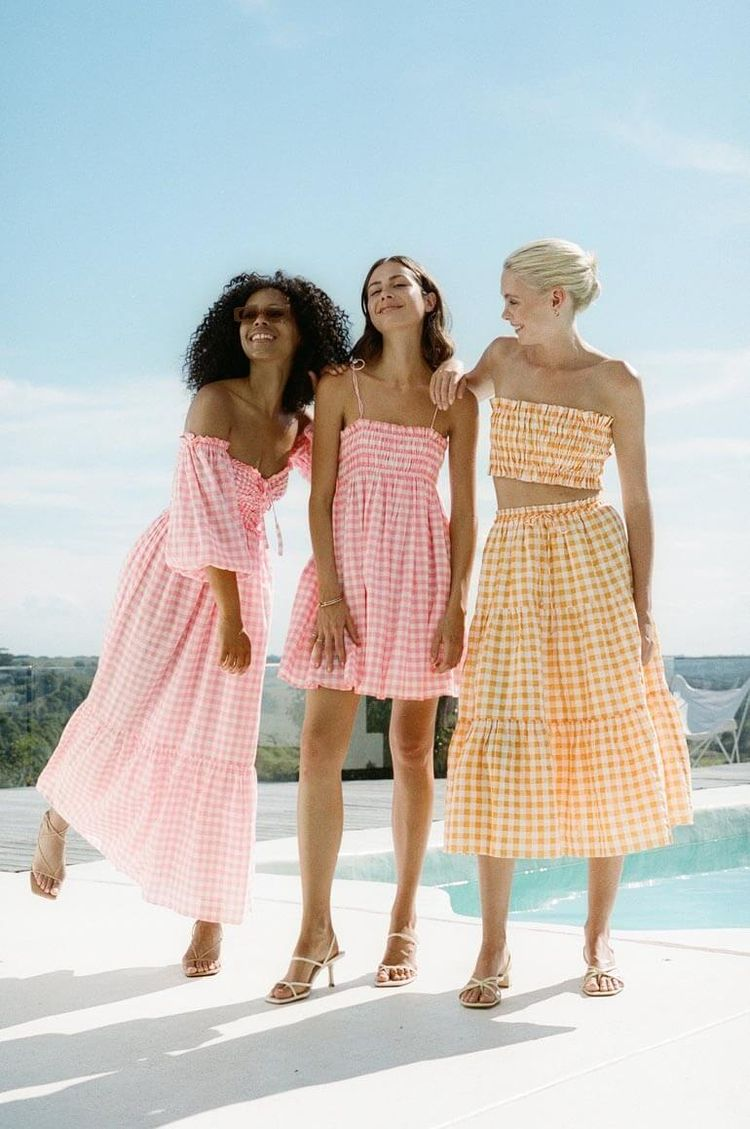 Perfect Poolside Collection Ste - thecoolhour | ello