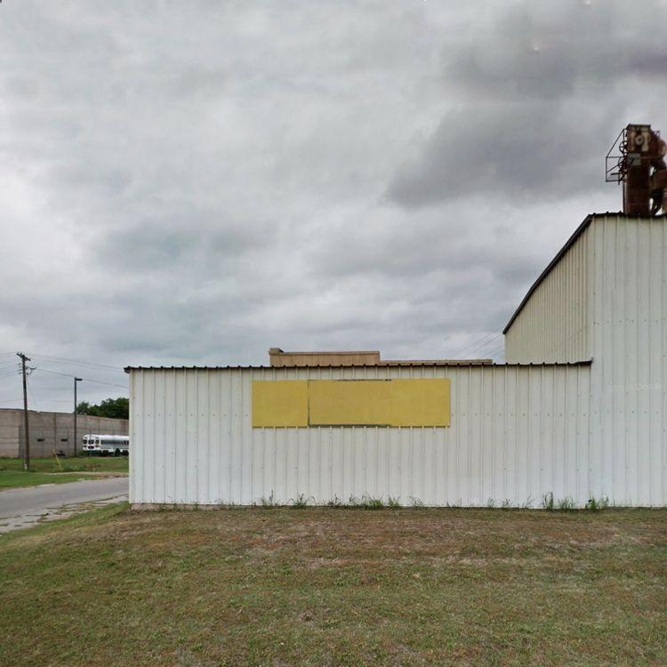 Walls / East Choctaw Avenue, Ch - dispel | ello