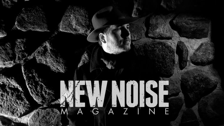 Noise Magazine running double-f - visioneternel | ello