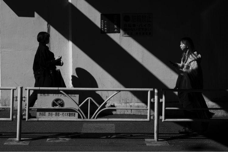light shadow - streetphotography - abelvedere | ello