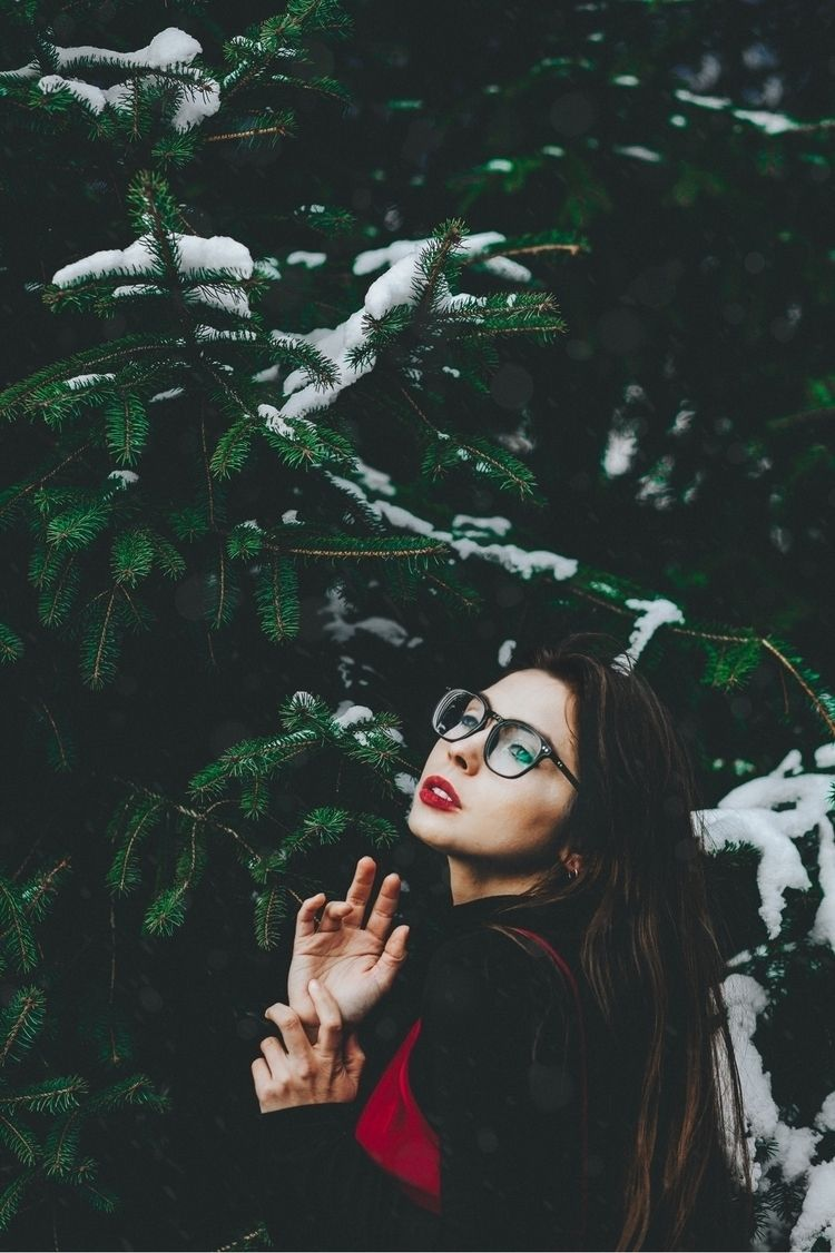 winter :snowflake:️ Portrait Pi - racheldashae   ello