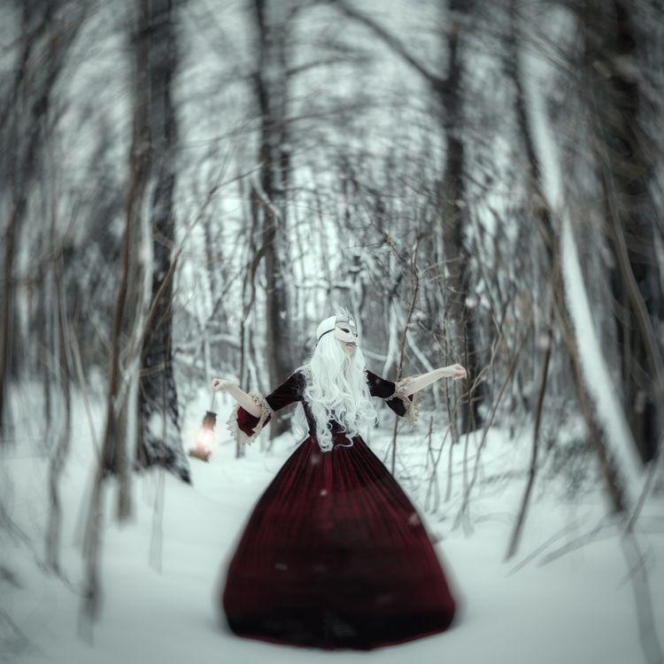 Snow Queen - sharoncovert | ello