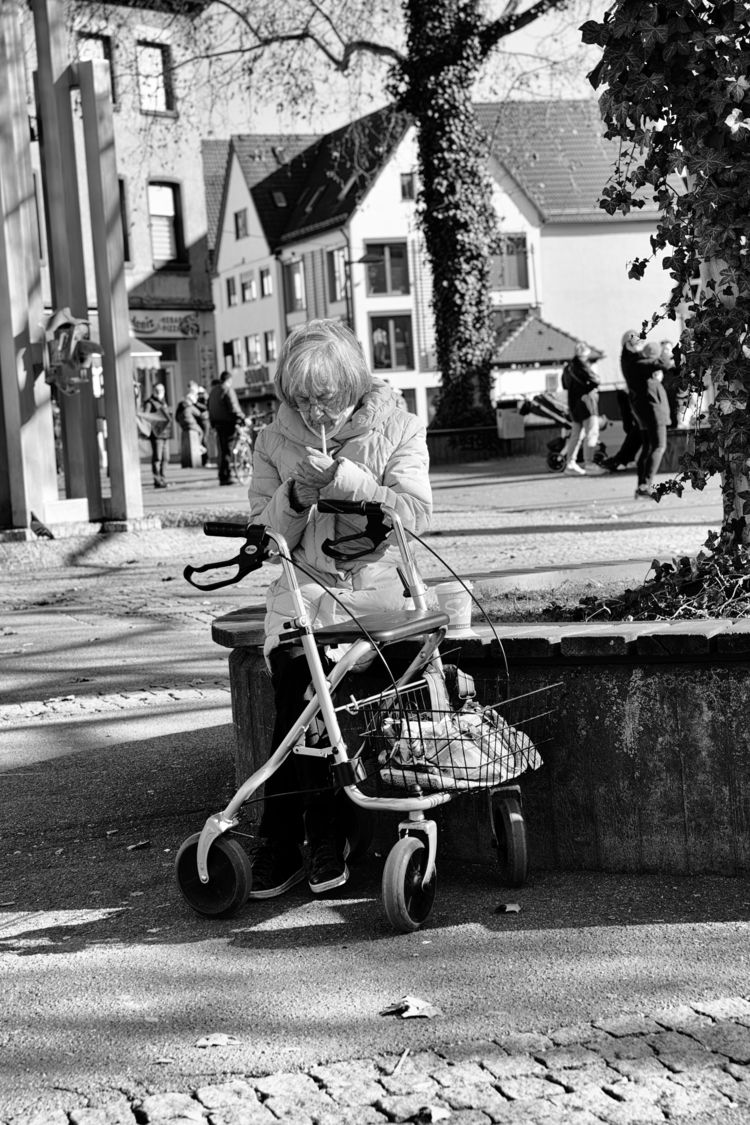 Routines - photography, street, blackandhwite - marcushammerschmitt   ello