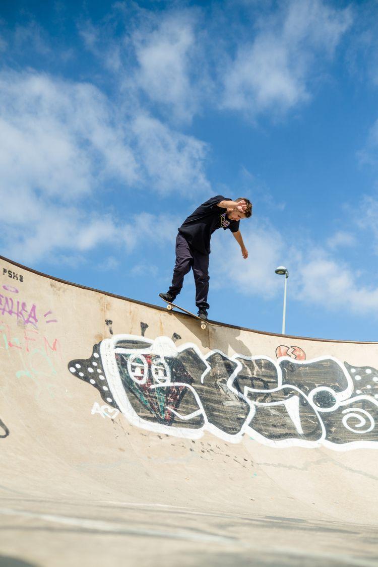 skate - svsogarcia | ello