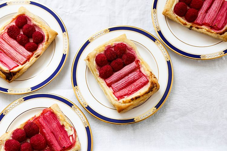 Rhubarb Raspberry Cream Cheese  - floatingkitchen | ello