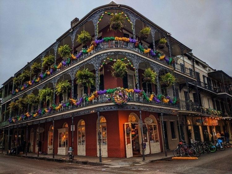 Bourbon Street Orleans, LA Mard - cttkdking   ello