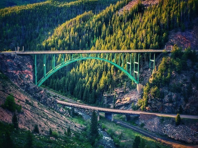 Red Cliff Bridge Cliff, Colorad - anorexiclocusts   ello