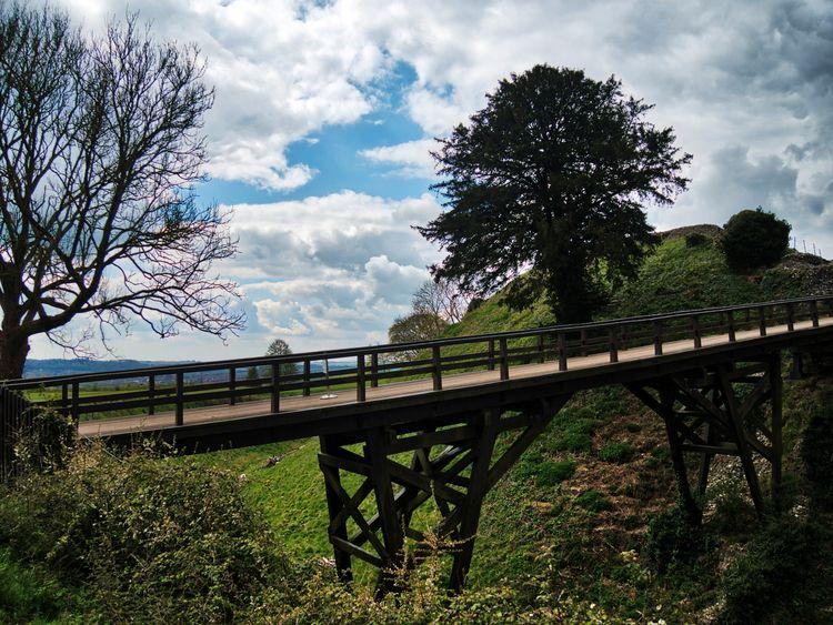 bridge moat Sarum Castle. poste - neilhowardphotos | ello
