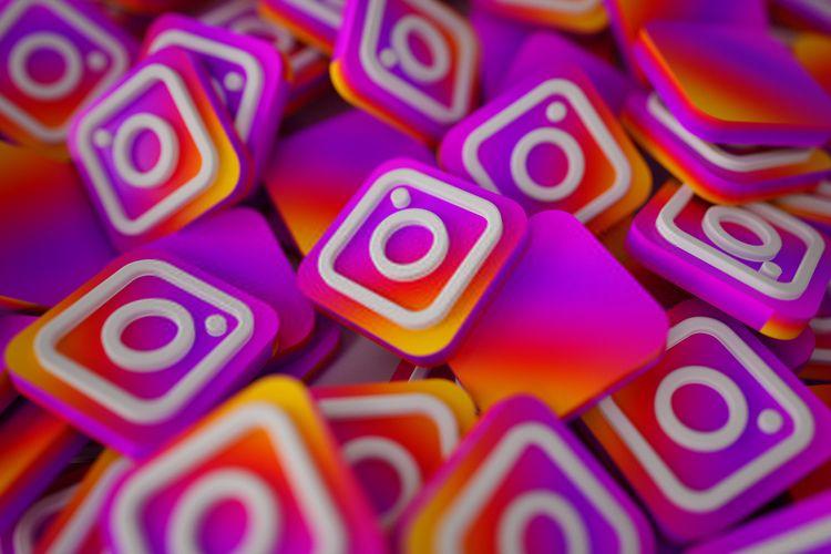 Check Stalks Instagram Profile  - marufqureshi | ello