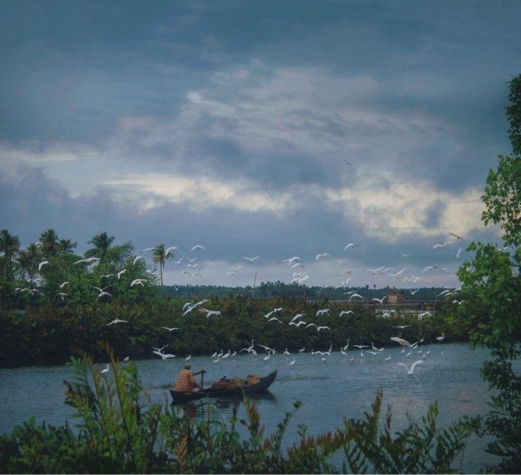 Rainy - Kerala - riazhassan | ello