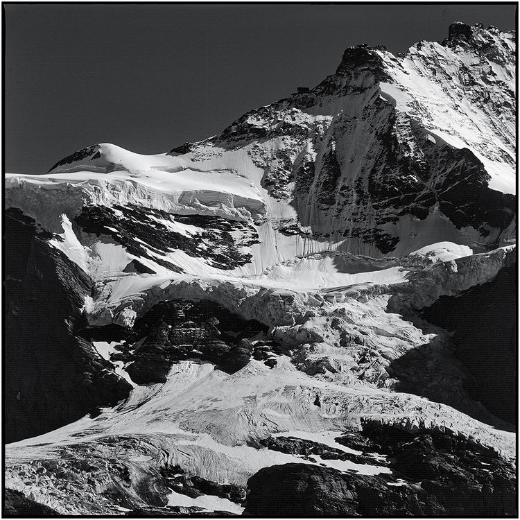 Eiger Glacier Schwedenwuerfel - blackandwhite - schwedenwuerfel | ello
