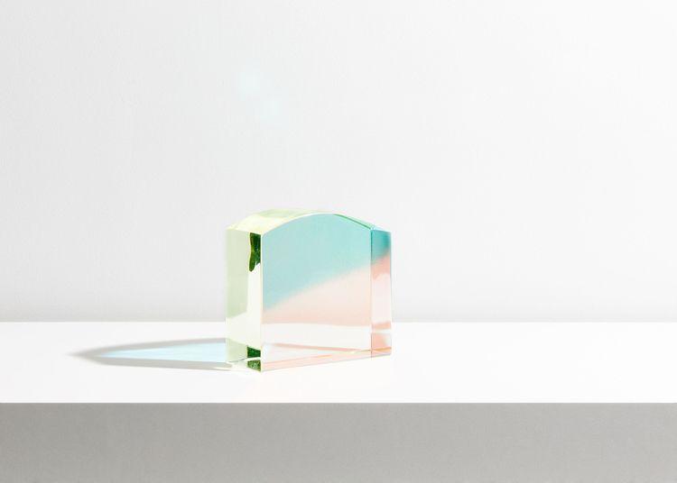 Captivating glass sculptures pu - gessato | ello