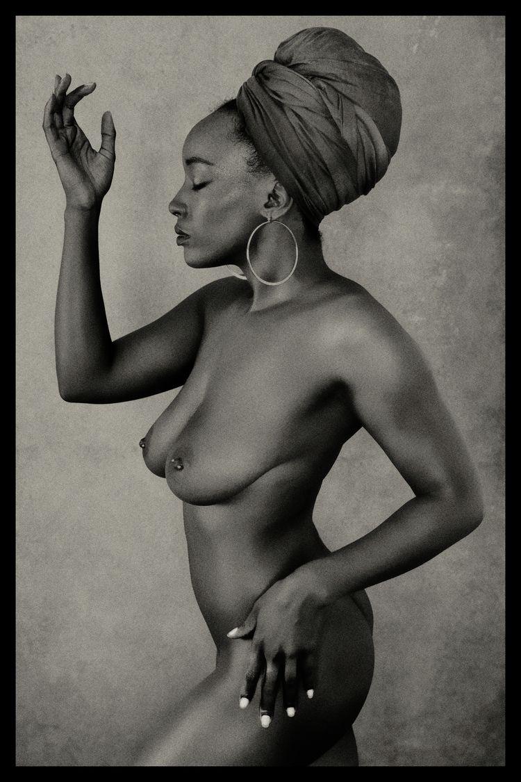 Model - TumblrRefugee, Nudephotography - stevelease   ello