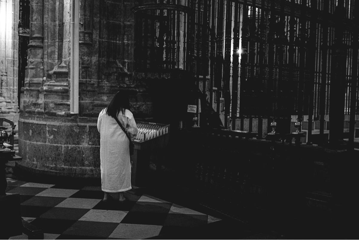 ello, cathedral, blackandwhite - photocharly046 | ello