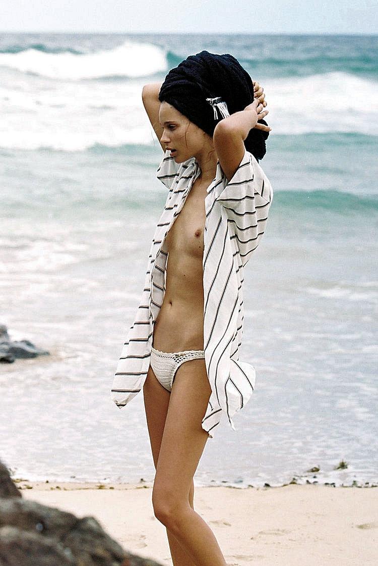 beach time - thewonderer   ello