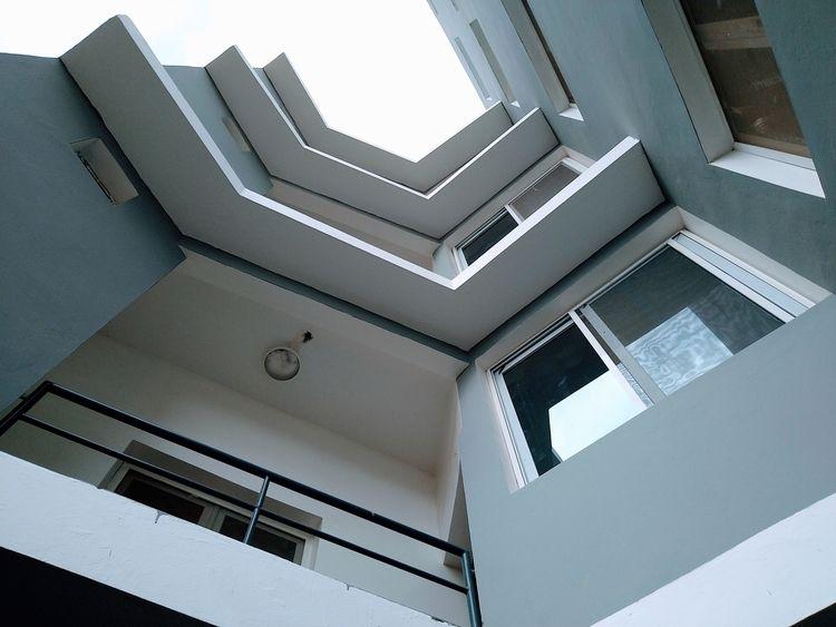 Balakoss housing (2021) modern  - afropolitan | ello