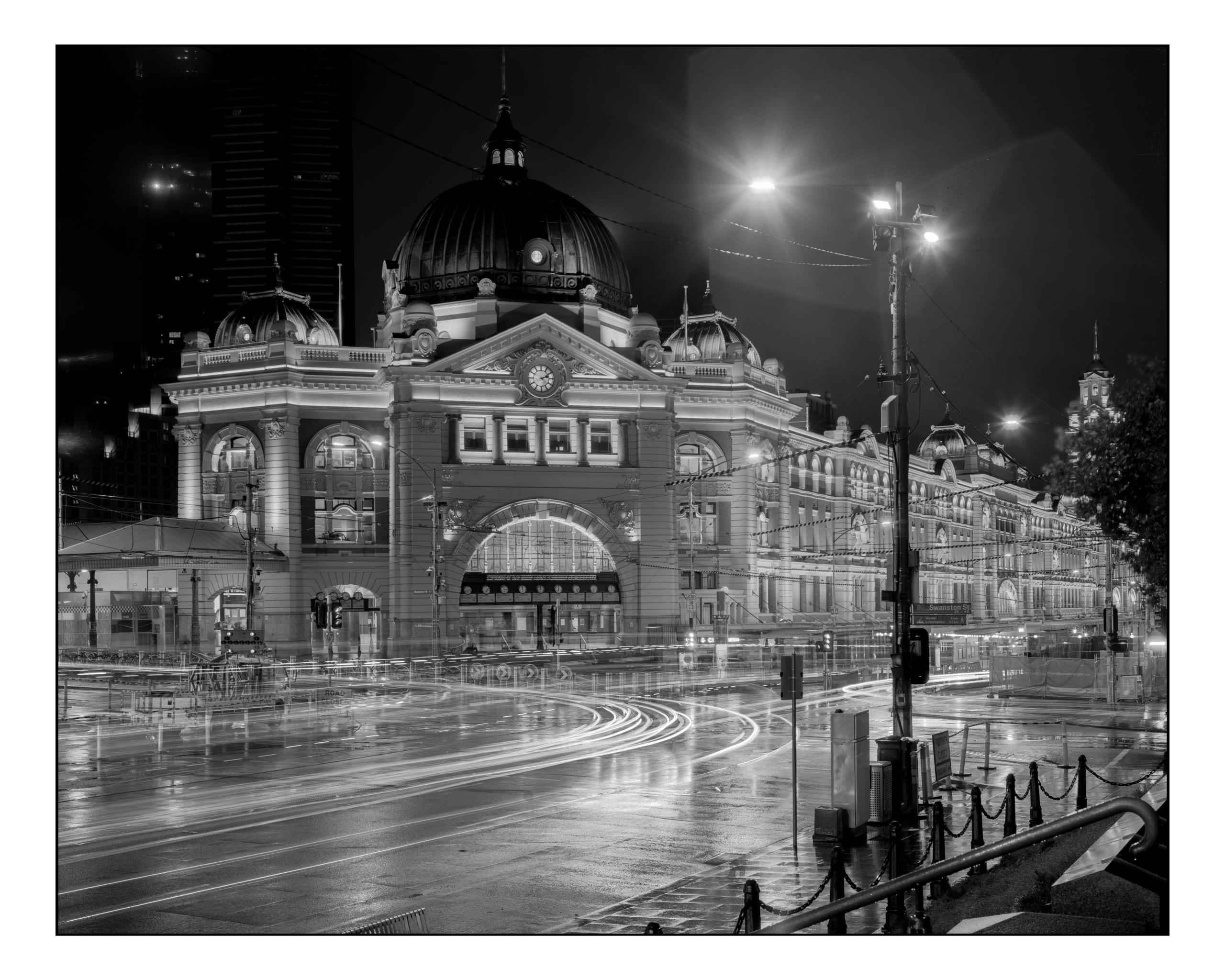 iconic Flinders St. Station Mel - dannytas_bnw | ello