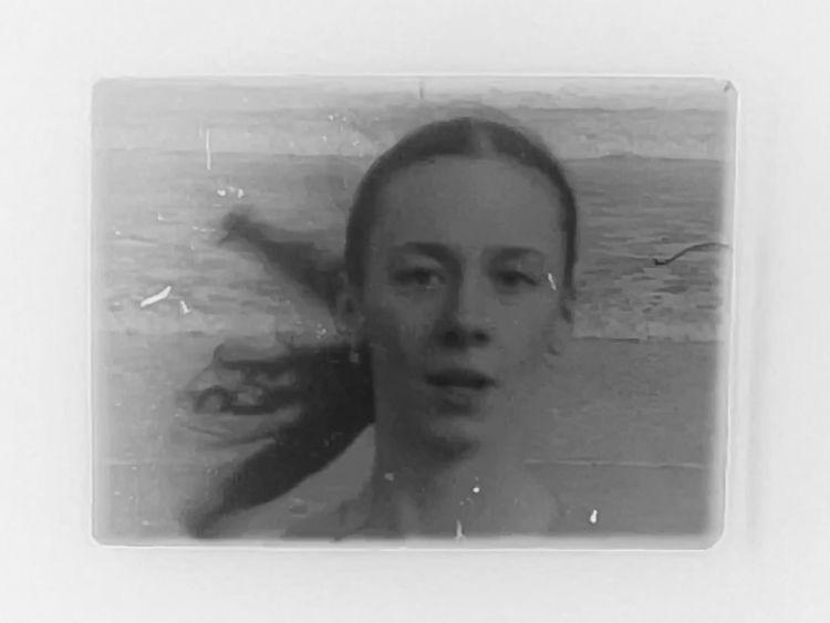 Experimental 16mm film: Movemen - vrenolds | ello