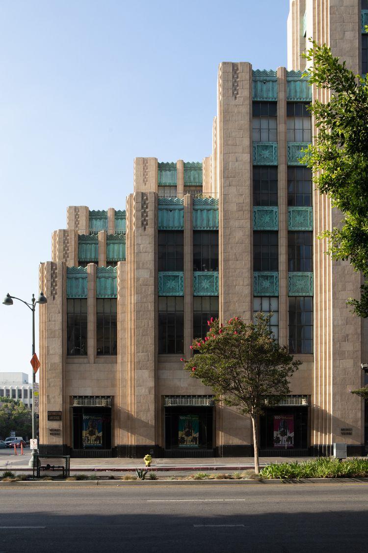 Wilshire, Wilshire Blvd, Koreat - odouglas | ello