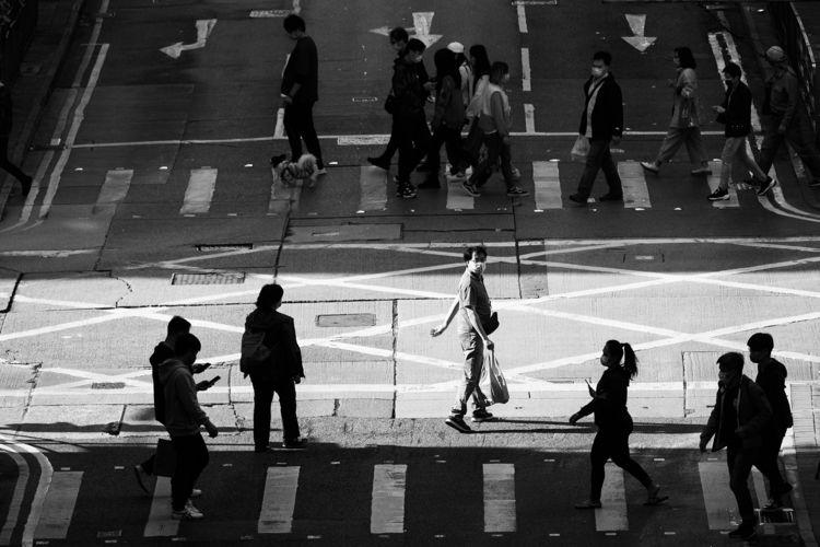 City Dwellers Hong Kong 都市人 1 - BlackandWhite - hlihon123 | ello