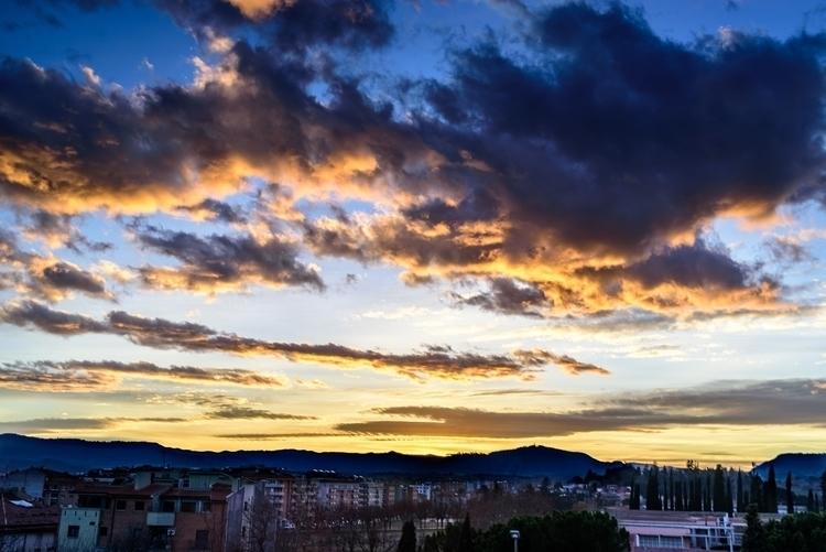Catalunya Sunset.jpg