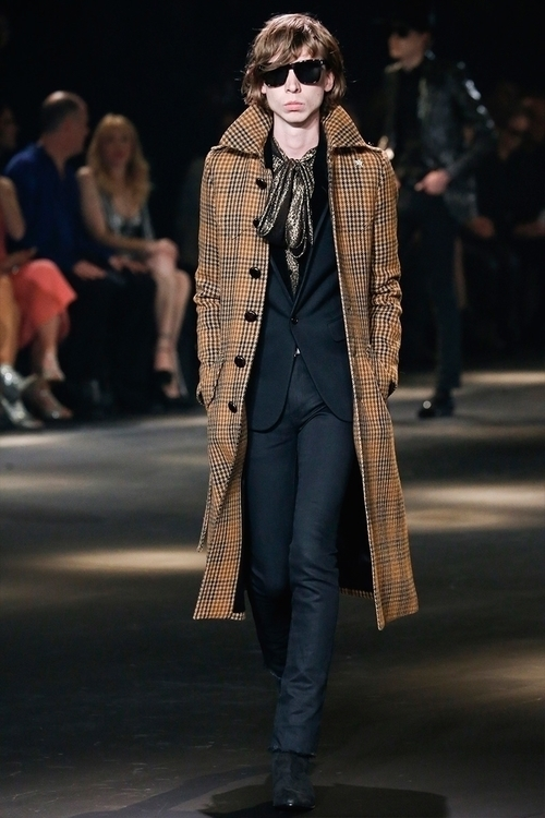 Saint Laurent FW16. 33.jpg