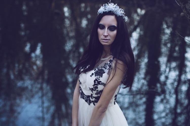 Bibiana Ruzickova Photography (ig Bibiana_Ruzickova_Photography) - Magaela (magaela.sk ig magaela_accessories) - mua Katka Zuzulova Make up artist (ig katkazuzulova_muah).jpg