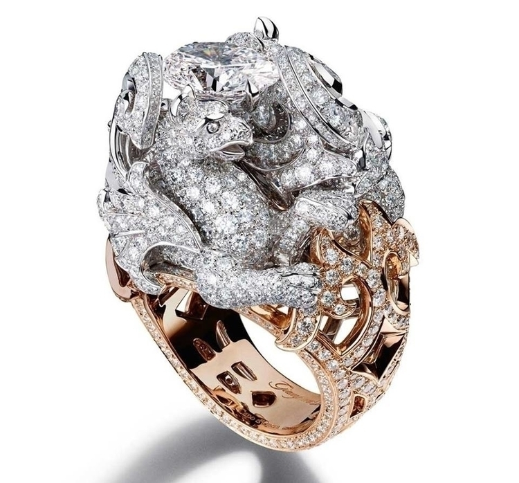 Caturday RIng Giampiero Bodino Chimera ring in white and pink gold, set with an oval-shaped diamond..jpg