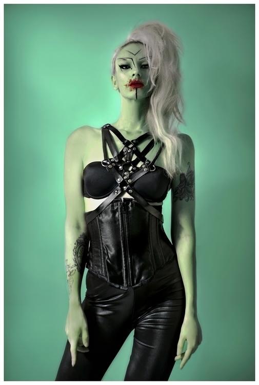 Valeria Chorozidi (ig valeriachorozidi) - self-portrait - harness by phg.jpg