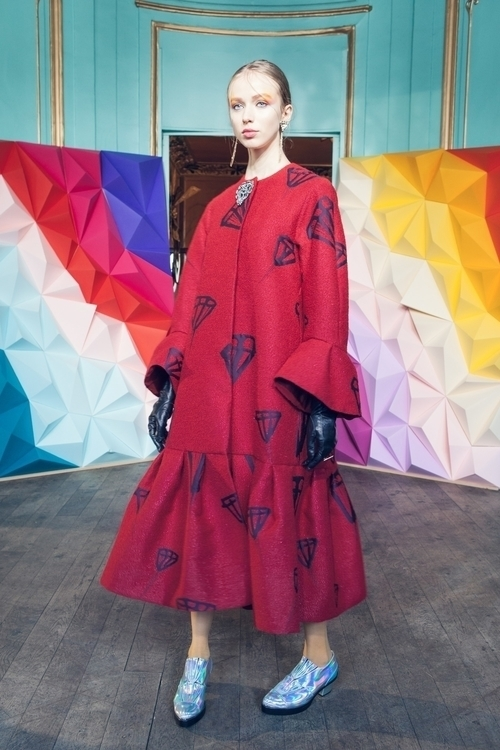 06-tsumori-chisato-fall-2016-ready-to-wear.jpg