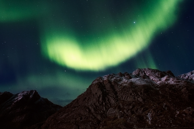 Lofoten Aurora_Encounter.jpg