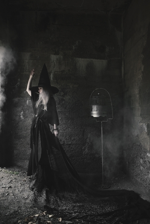 Mila Poirier (MilaPhotographie ig mila_photographie) - Sarah Lacroix - Maleficarum.jpg
