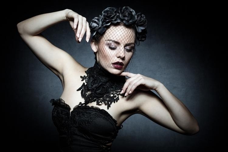 Michael Schanbl Photography - Tessa8mann.model - mua by mdl.jpg